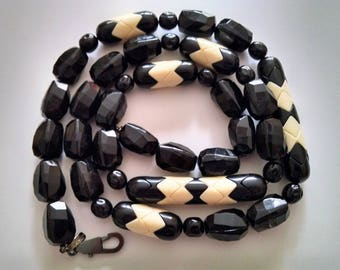 Funky Vintage 1980's Monet Beaded Lucite Necklace Black Ivory 37""