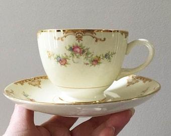 Bridal Shower Tea Cups / Pink Roses / Set of 4 Cups Saucers / Gold Trim Floral /  Vintage Homer Laughlin  / Egg Shell China / Cottage Chic