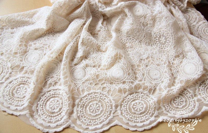 tissu dentelle, tissu dentelle brodée cercles blanche, brodé de dentelle de  tulle avec des 5678c2bfa18