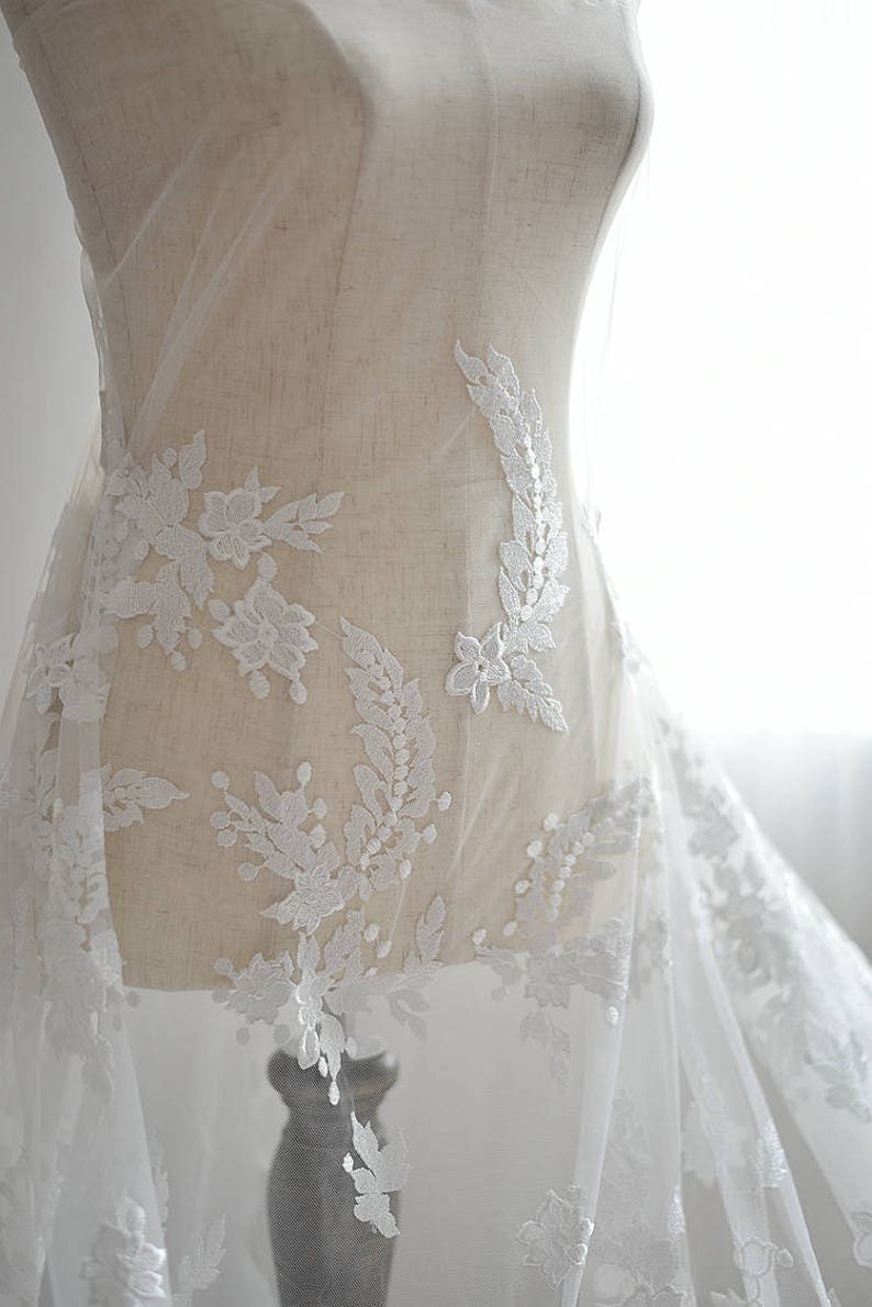 bridal lace fabric embroidered lace fabric with retro flowers ivory lace fabric high end tulle lace fabric with florals embroidery