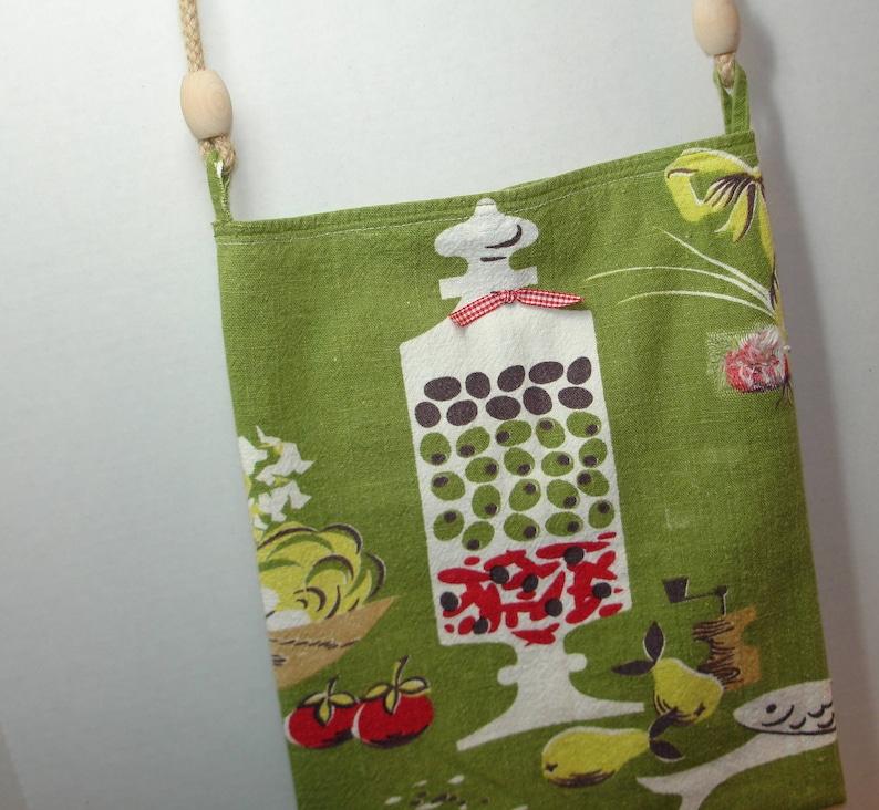 Olives and more Green Mid Century Modern Design Shoulder bag Upcycled Vintage Martex Towel Lined Natural rope handle w wood beads