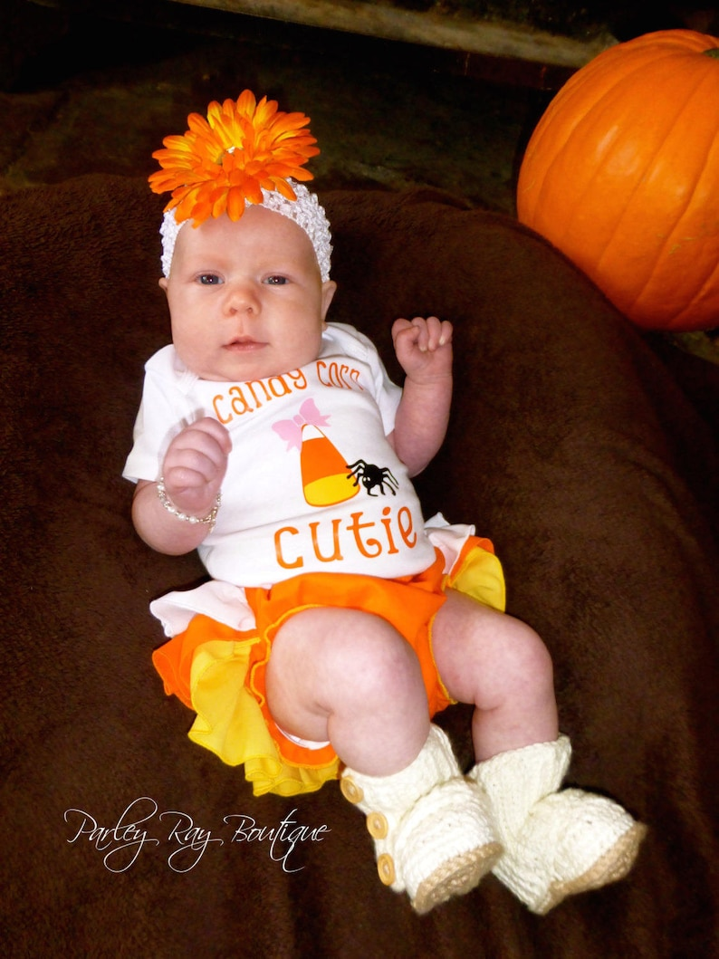 Beautiful Parley Ray Candy Corn Halloween Ruffled Baby Bloomers Diaper Cover Photo Prop