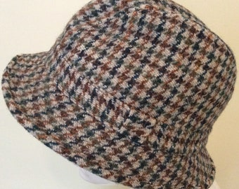 Vintage Trilby - Harris Tweed Hat - Country style- Retro -Hand Woven Wool-  unisex - 57cm 22.5