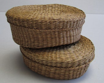 Vintage Woven Basket Set of 2 with lid Textured Oval