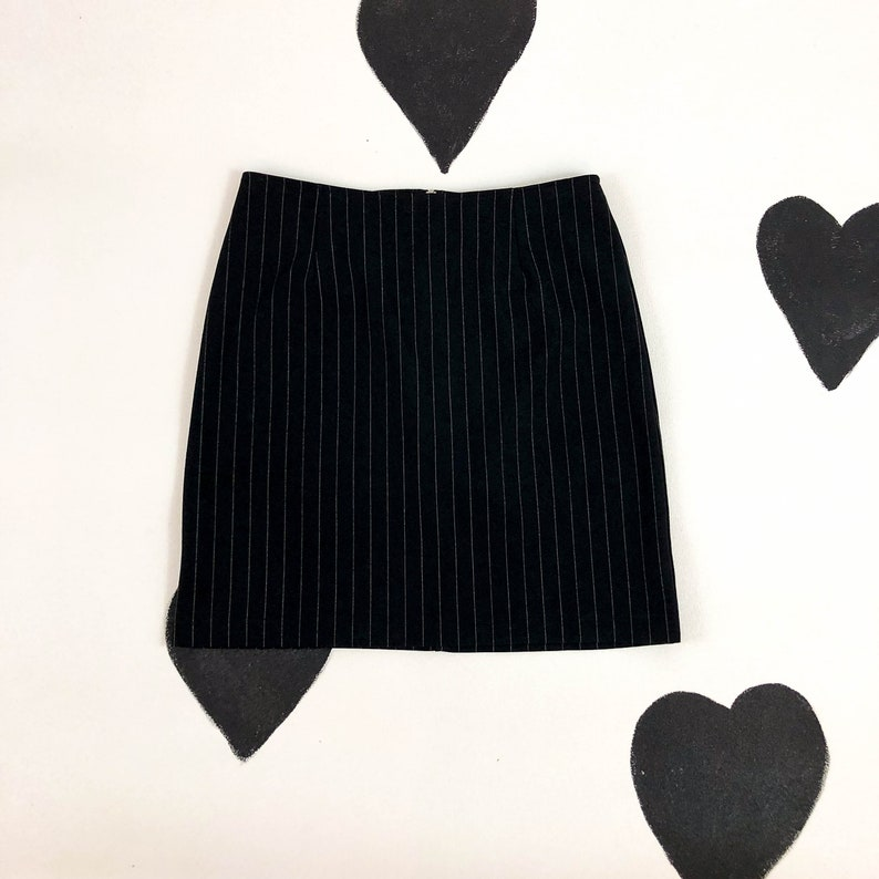 94bd2912 90s Black and White Pinstripe Mini Skirt / y2k / Goth / | Etsy