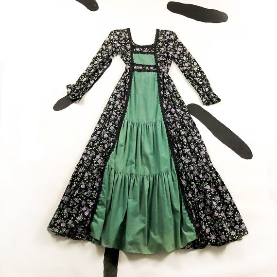 70s Gunne Sax By Jessica Black and Purple Floral M