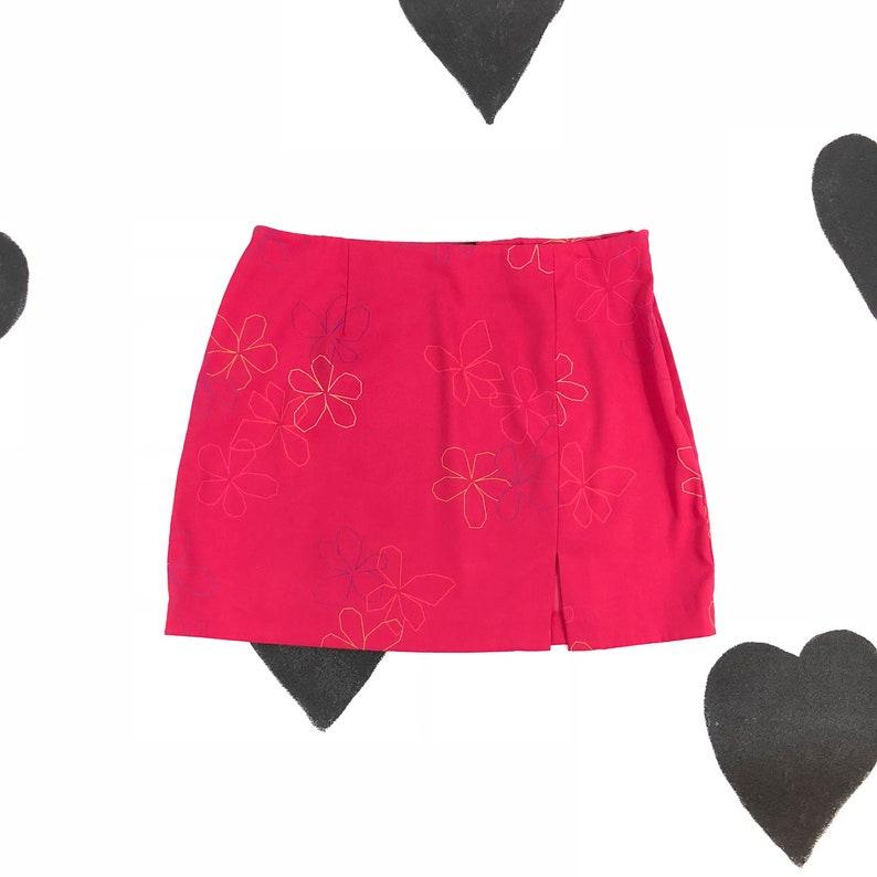 30cbae92a20c 90s Hot Pink Floral Mini Skirt / Express / Thigh Slit / Medium | Etsy