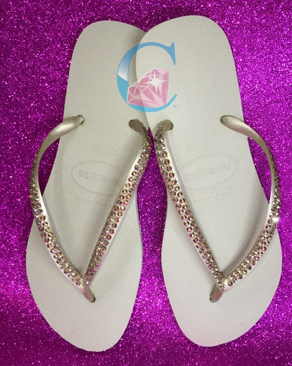 b77e829f2fdfc8 2 Flops In Havaianas Rows Gold Covered SWAROVSKI Sunshine crystals Flip  Bling Metallic wpzFvq