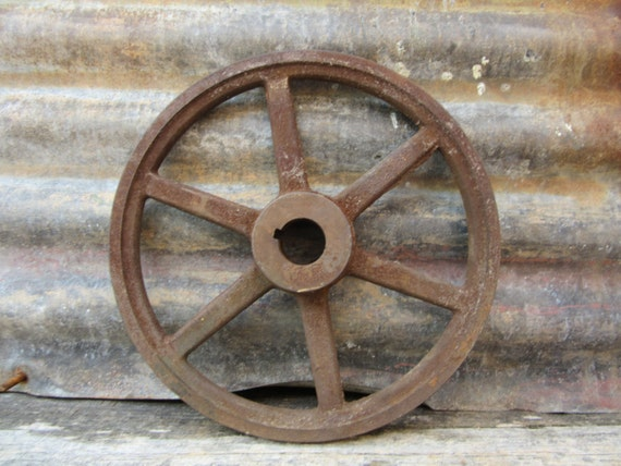 Old Antique Iron Wheel Industrial Spoked Metal Wheel Old ...  Old Antique Iro...