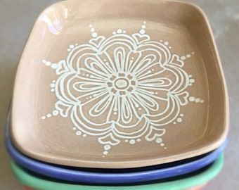 Set of 4 small plates