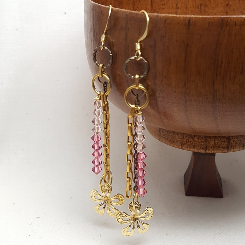 Earrings Dangle Goldtone Brass Metal Crystal Glass image 0