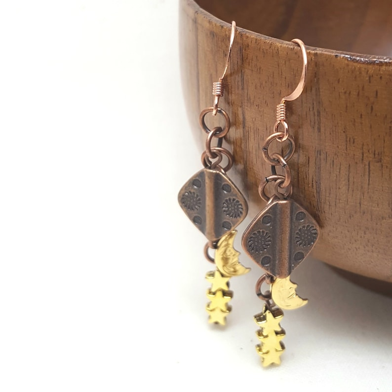 Earrings Sun Moon Stars Copper Goldtone Dangle Drop image 0