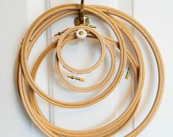 "7"" wooden embroidery hoop (18cm)"