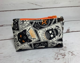 RETREAT BAGS/POUCHES