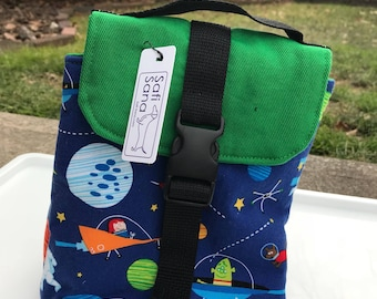 Astronauts and Aliens Insulated Lunch Bag