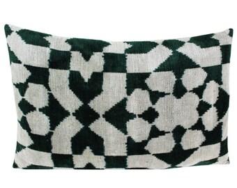 Silk Velvet Ikat Pillow Cover VP102, Bohemian pillow, Velvet Ikat Pillow, Velvet Pillow, Velvet Pillow Cover, Ikat Pillows, Throw Pillows