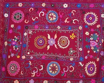 Handmade Vintage Suzani VS159