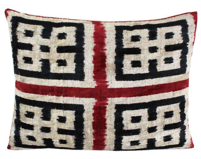 Silk Velvet Ikat Pillow Cover VP70, Bohemian pillow, Velvet Ikat Pillow, Velvet Pillow, Velvet Pillow Cover, Ikat Pillows, Throw Pillows