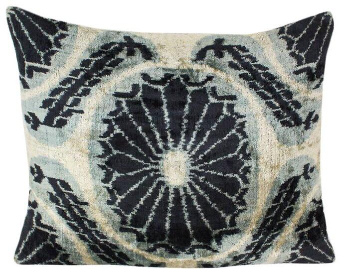 Silk Velvet Ikat Pillow Cover VP61, Bohemian pillow, Velvet Ikat Pillow, Velvet Pillow, Velvet Pillow Cover, Ikat Pillows, Throw Pillows