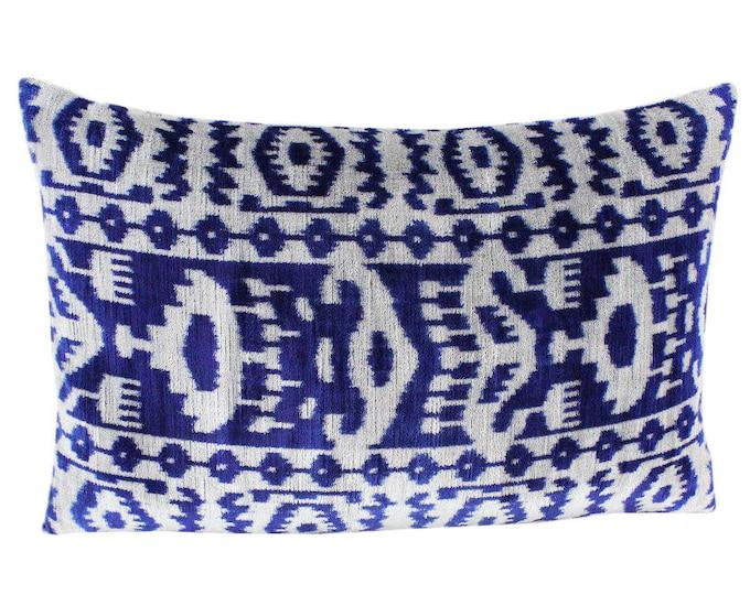 Silk Velvet Ikat Pillow Cover VP68, Bohemian pillow, Velvet Ikat Pillow, Velvet Pillow, Velvet Pillow Cover, Ikat Pillows, Throw Pillows