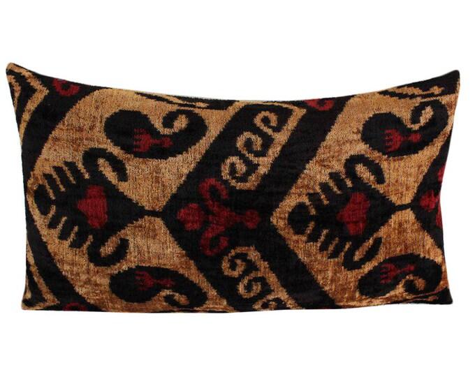 Silk Velvet Ikat Pillow Cover VP73, Bohemian pillow, Velvet Ikat Pillow, Velvet Pillow, Velvet Pillow Cover, Ikat Pillows, Throw Pillows