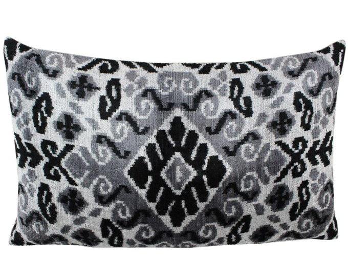 Silk Velvet Ikat Pillow Cover VP85, Bohemian pillow, Velvet Ikat Pillow, Velvet Pillow, Velvet Pillow Cover, Ikat Pillows, Throw Pillows