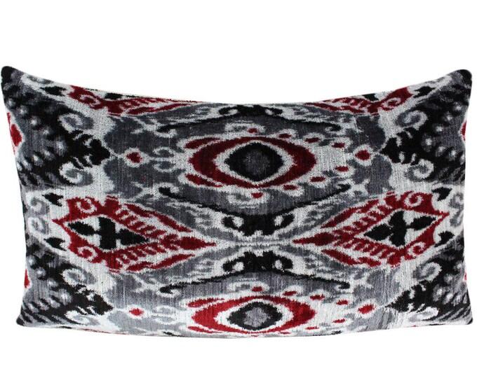 Silk Velvet Ikat Pillow Cover VP104, Bohemian pillow, Velvet Ikat Pillow, Velvet Pillow, Velvet Pillow Cover, Ikat Pillows, Throw Pillows