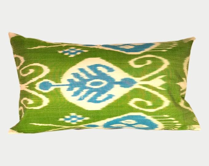 Ikat Pillow, Ikat Pillow Cover IP113 (a406L), Ikat throw pillows, Designer pillows, Decorative pillows, Accent pillows