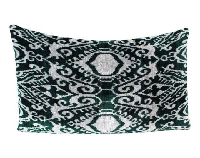 Silk Velvet Ikat Pillow Cover VP55, Bohemian pillow, Velvet Ikat Pillow, Velvet Pillow, Velvet Pillow Cover, Ikat Pillows, Throw Pillows