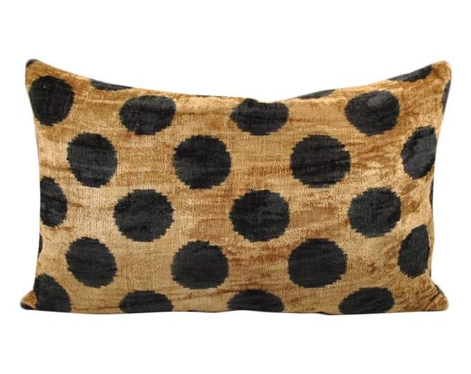 Sale! Silk Velvet Ikat Pillow Cover VP115, Bohemian pillow, Velvet Ikat Pillow, Velvet Pillow