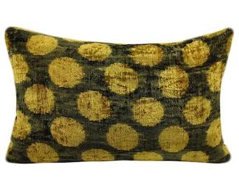 Sale!!! Handmade Velvet Silk Ikat pillow cover VP2. Bohemian pillow