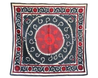 Handmade Vintage Suzani  VS28 (BL718)