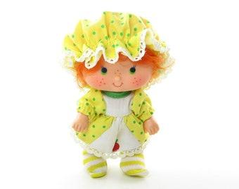 837 Miniature Dollhouse Skunk
