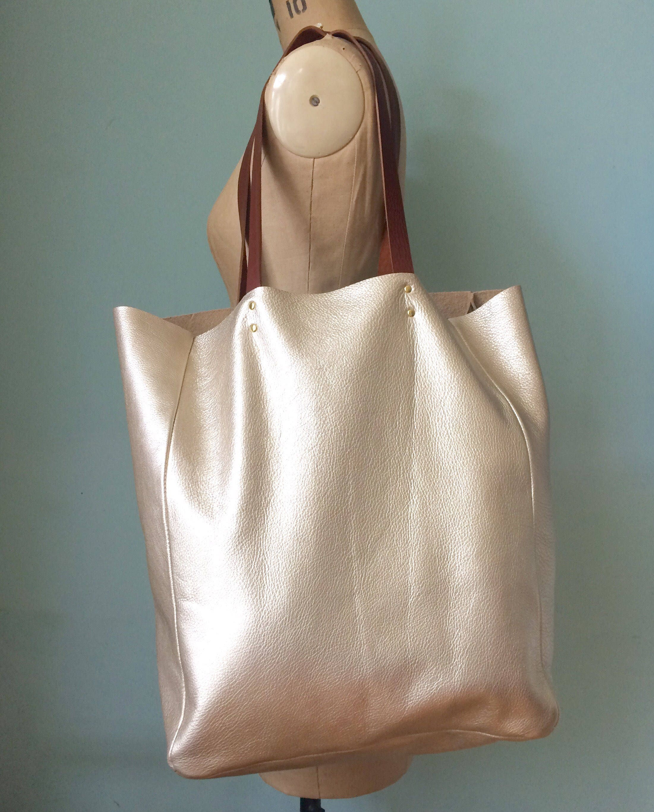 $228 NEW Lilly Pulitzer SOIREE LEATHER TOTE BAG Gold Metallic Bamboo Handbag