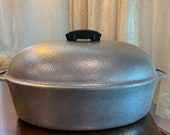 Club Hammered Hammercraft Extra Large anodized aluminum 8qt Dutch Oven Roasting Pot Roaster Excellent barely use condition. EUC