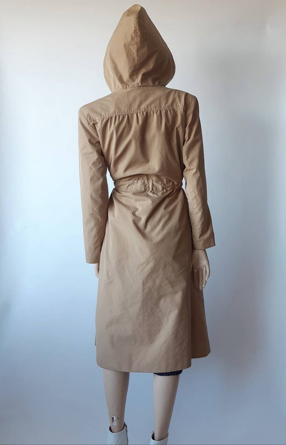 Tan trench coat 70s raincoat hooded small