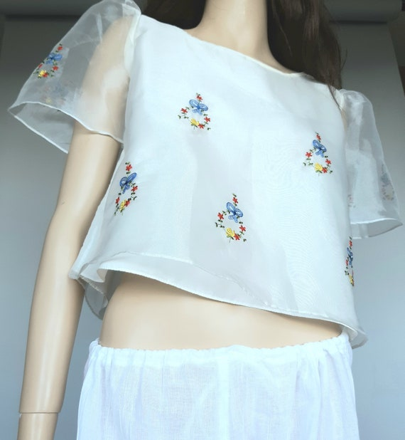 Vintage Blouse Embroidered Off White Organza Size