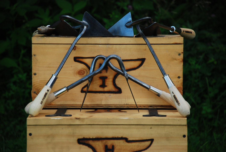 Outil de jardin, forgeron fait fait fait en fer forgé V houe, houe agressif à la main, à la main 1e15a5