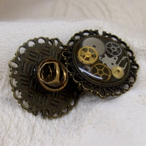 Steampunk Floral Leaf Tie Tack in Antique Brass  12mm