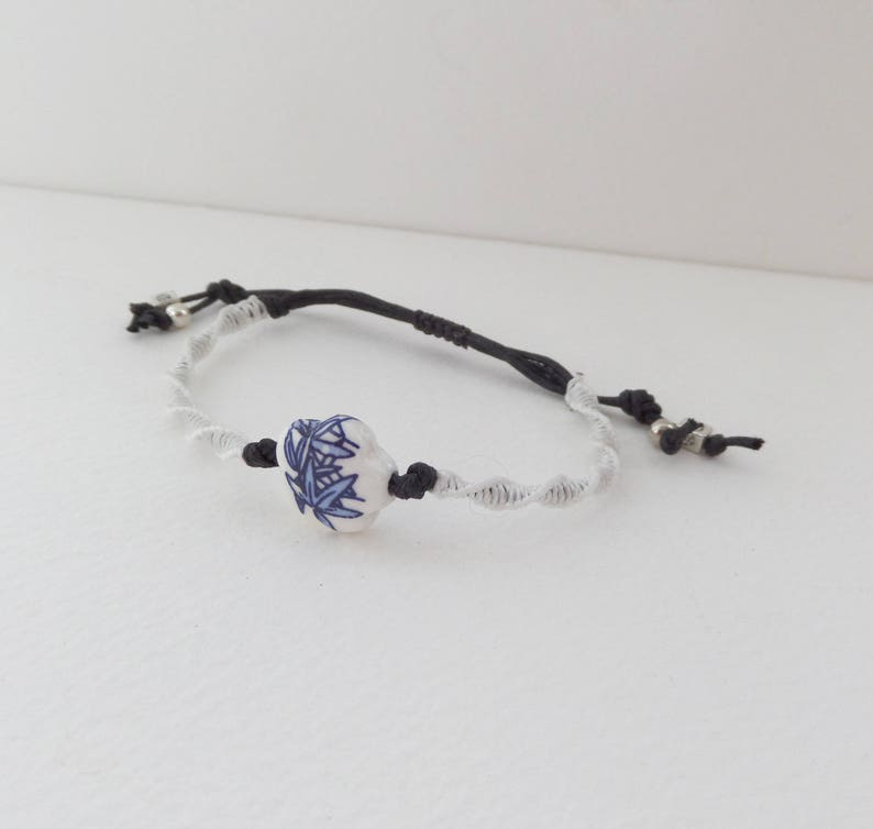 White Blue Ceramic Flower Bead Macrame Bracelet Black Cotton Cord Casual Friendship knotted adjustable Flower Bracelet