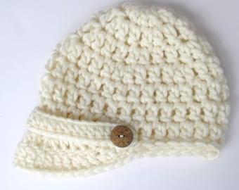 Elena Crocheted Chunky Women's Brimmed Hat in Cream