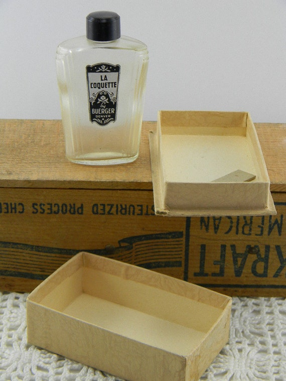 Art Deco Perfume bottle La Coquette
