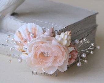 Light Pink Beach Wedding floral headpiece. Mermaid Bridal Pale Pink floral Hair Comb. Wedding floral Headpiece