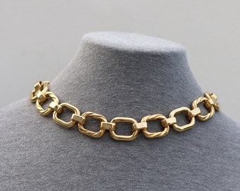 Vintage Unsigned Gold Tone Big Thick Rectangular Chain Choker Necklace