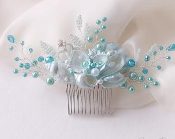Sky Blue Beach Wedding Hair Comb. Seashell and Pearls Crystals Hair Comb. Beach Wedding Headpiece