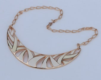 Vintage Signed Monet Gold Chain Necklace with Cream Enamel Pendant