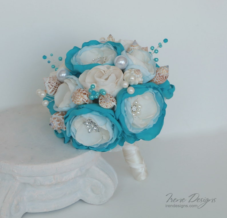 Seashells wedding bouquet . Blue and ivory wedding bouquet. image 0
