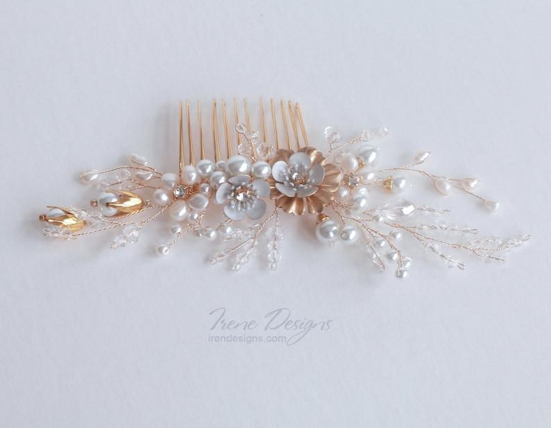 Wedding Golden Hair Comb. Bridal Floral Headpiece. Gold image 0