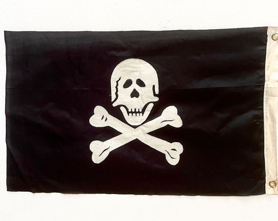 Pirate Flag Sewn Jolly Roger 43 x 26 inch by SEASTYLE