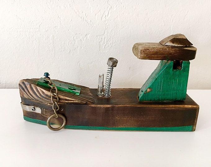 "Beach Décor Wood Ship ""Brave"" by SEASTYLE"
